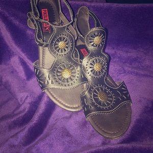 Pikolinos Italian Leather Sandal